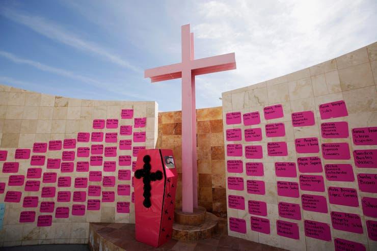 Monumento en homenaje a las víctimas de la violencia de género en Ciudad Juárez, México
