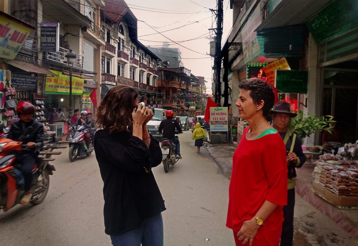 Luisa Duggan y Encarnación Ezcurra, en Sapa, Vietnam
