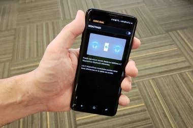 La función de transmisión de audio a dos dispositivos al mismo tiempo en un Galaxy S9