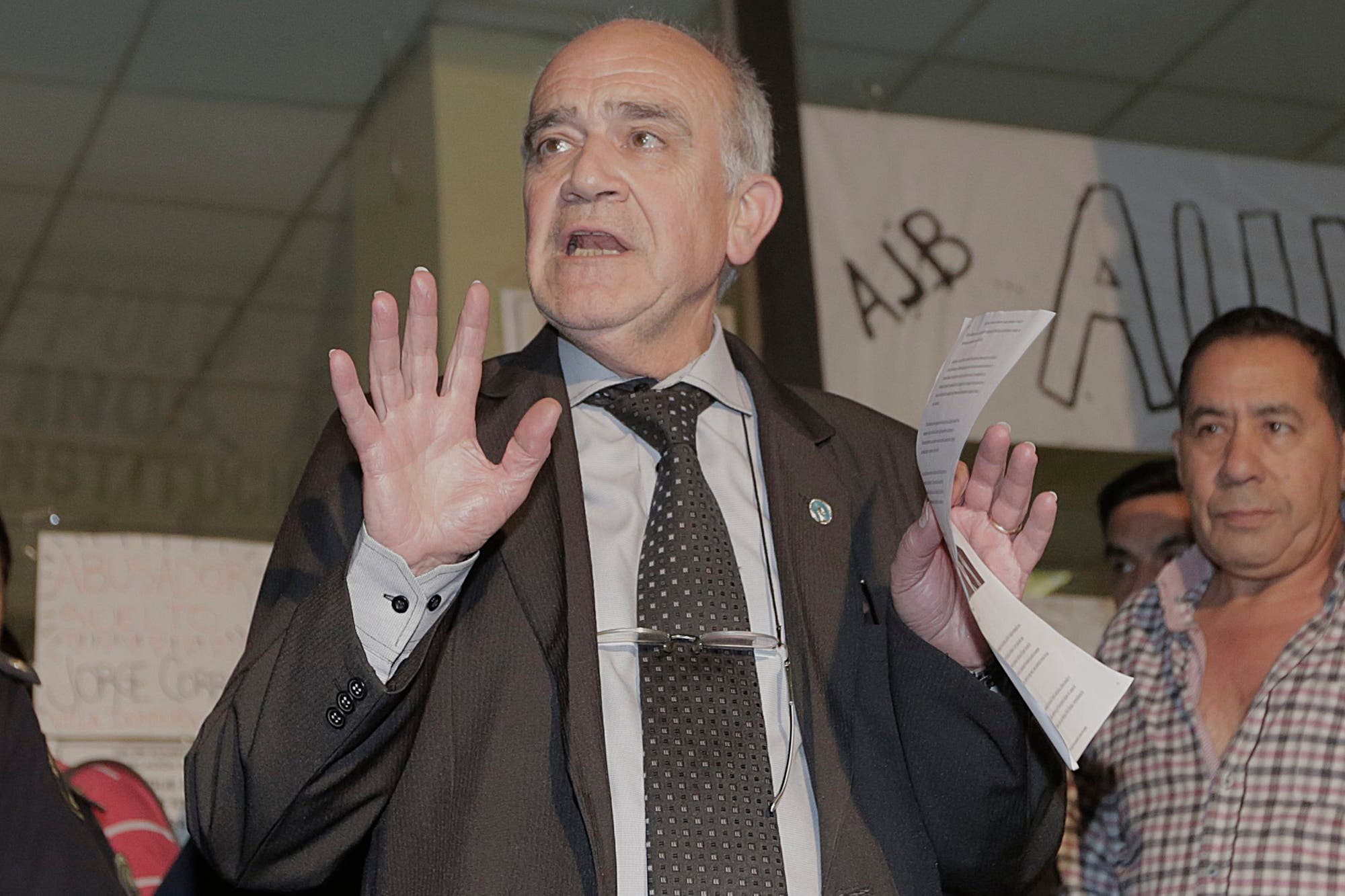 """Adepa denunció """"censura"""" contra los medios por parte del juez Carzoglio"""