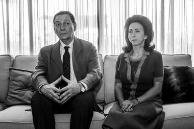 Perón (en la piel de Osmar Núñez) e Isabelita (Fabiana García Lago) en la ficción de Arde Madrid