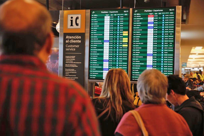 Aeroparque y El Palomar reanudan operaciones a las 22, pero recién volverán los vuelos a la madrugada