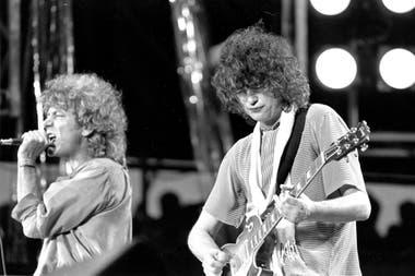 Robert Plant y Jimmy Page en el concierto Live Aid; en Philiadelphia, en 1985.