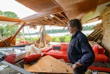 Los habitantes de Nueva Orleans sufren las primeras consecuencias de la tormenta tropical Barry