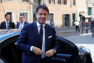Giuseppe Conte llega al Senado después de reunirse con el presidente Sergio Mattarella