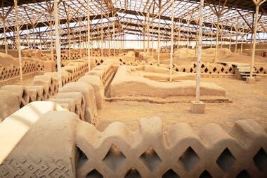 La ciudadela de barro de Chan Chan, al norte de Trujillo, construida por la cultura chimú hacia fines del año 600