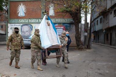 El Ejército colabora en un comedor barrial
