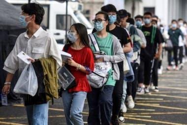 """Un estudiante chino puede pasar más de 12 horas diarias preparándose para el """"gaokao""""."""