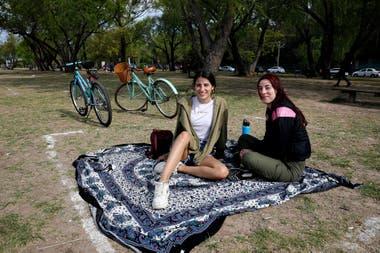 Espacios demarcados para el distanciamiento social, en San Isidro