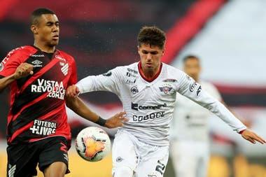 Athletico Paranaense-Jorge Wilstermann: Patricio Rodriguez, en acción