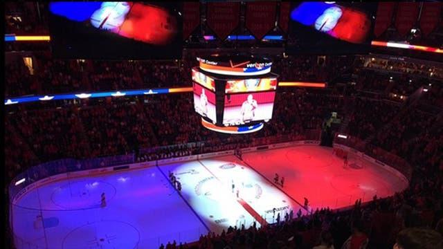 El estadio de hockey sobre hielo de los Washington Capitals también rindió homenaje. Foto: @washcaps