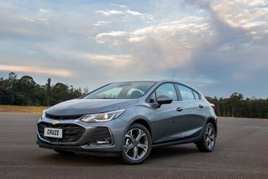 El modelo Cruze de Chevrolet es el único de GM que se fabrica en el país