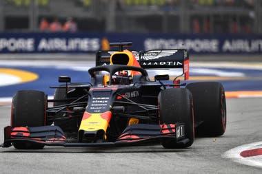 El holandés Verstappen aventajó al alemán Sebastian Vettel (Ferrari) en 167/1000 y al británico Lewis Hamilton (Mercedes), líder del Mundial, en 666/1000.