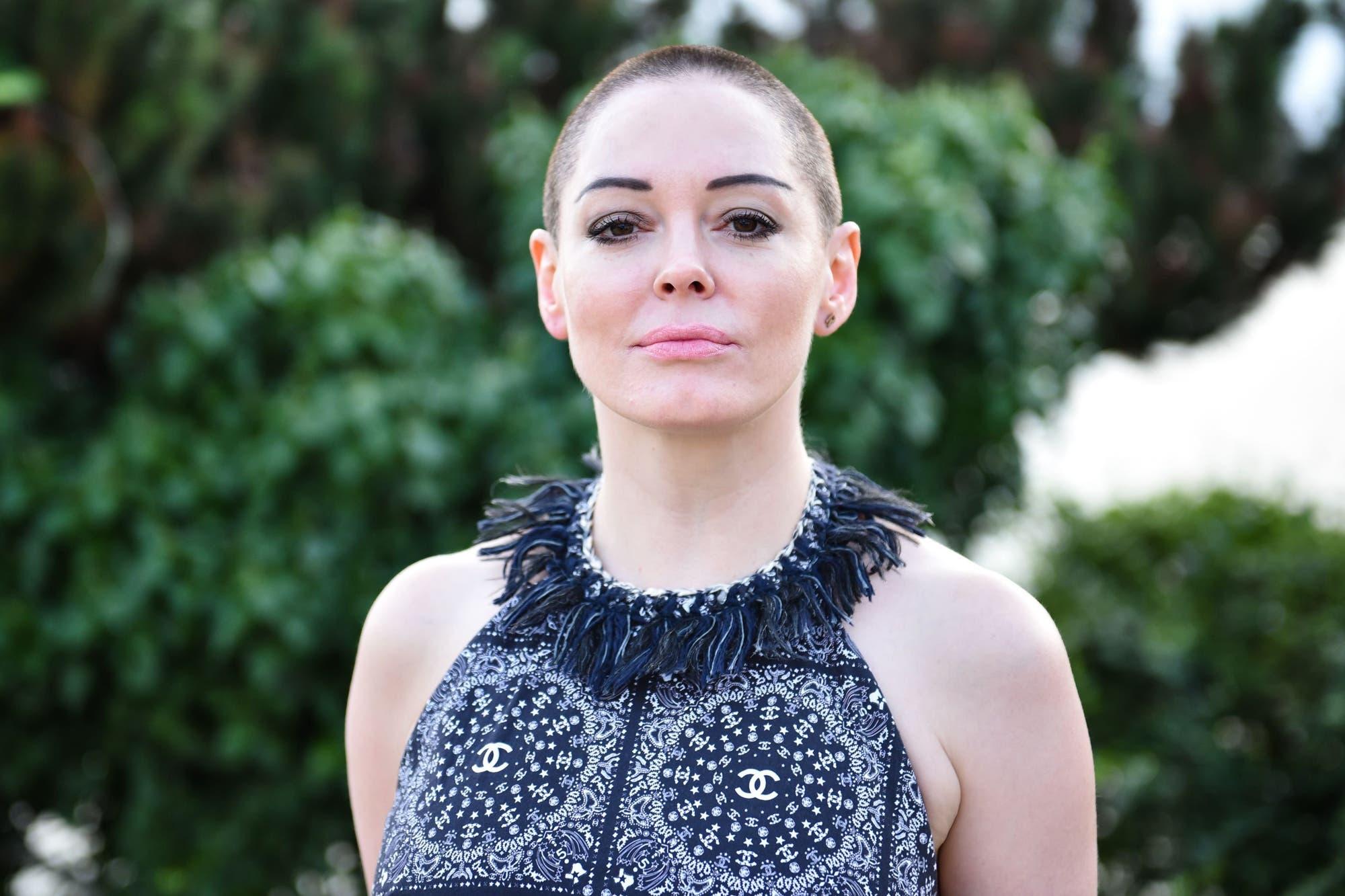 """Rose McGowan demanda a Harvey Weinstein por su """"esfuerzo diabólico"""" por silenciar a sus víctimas"""