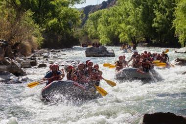 Rafting en el río Atuel, en San Rafael