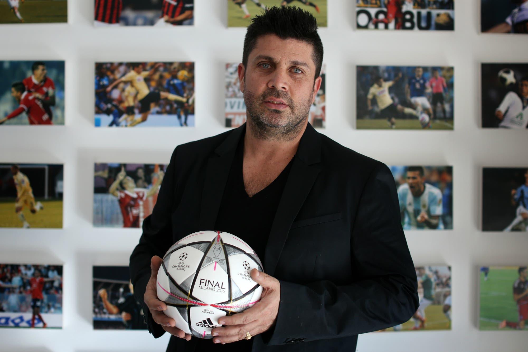 Christian Bragarnik, el empresario más importante del fútbol argentino, compró un club en España