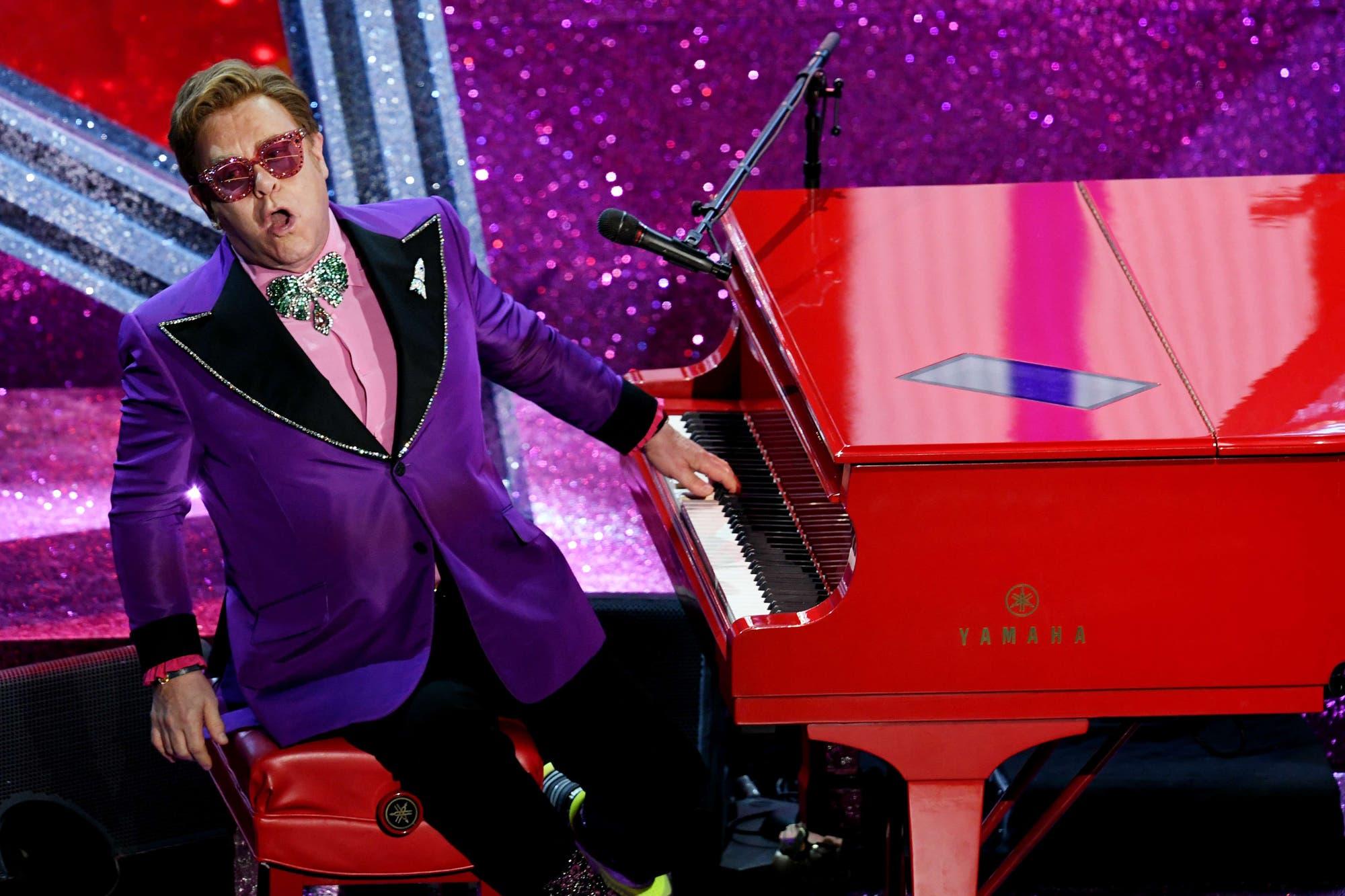 """Elton John se puso picante al comparar Rocketman con Bohemian Rhapsody: """"Nuestra película cuenta la verdad"""""""