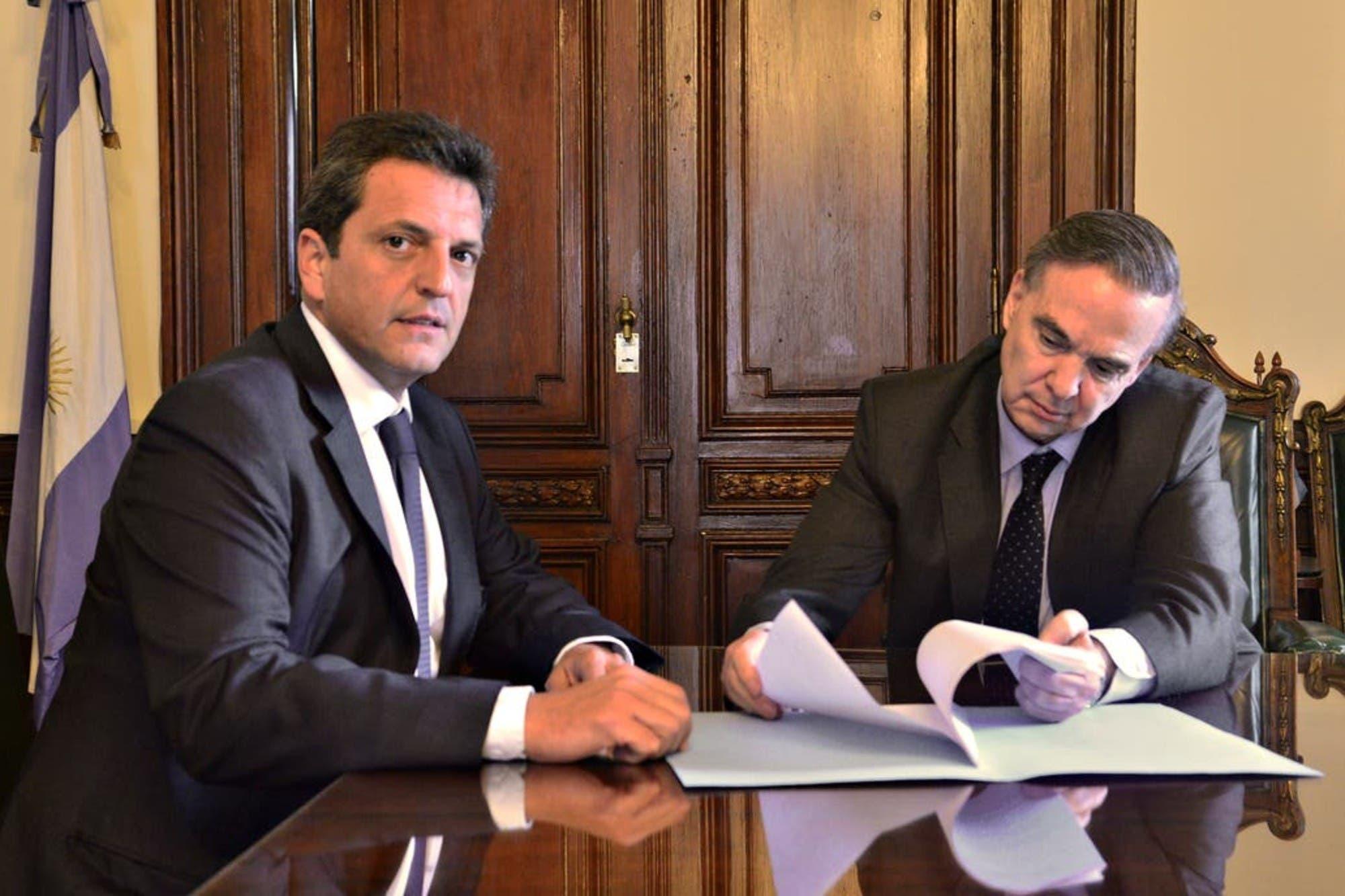 El oficialismo demora la asunción de Miguel Pichetto en la Auditoría General y desató un fuerte malestar en Juntos por el Cambio