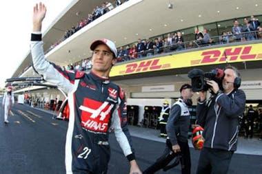 Esteban Gutiérrez, piloto de reserva de Mercedes, asomó como la primera alternativa para ocupar el asiento de su compatriota Sergio Checo Pérez; el mexicano no participa de un Gran Premio desde Abu Dhabi 2016 y la inactividad lo dejaría fuera de la nómina