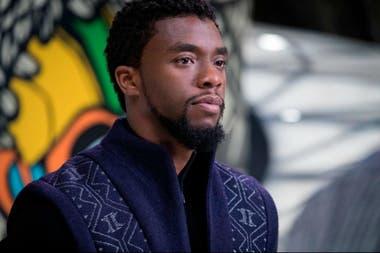 Chadwick Boseman es Pantera negra