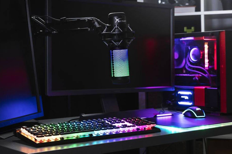 HyperX lanza en la Argentina su nueva línea de productos: micrófono RGB, teclados y auriculares wireless para PS5 y PC