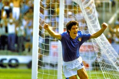 El Bambino de Oro: Paolo Rossi, héroe de Italia en 1982, también falleció en el año que se va
