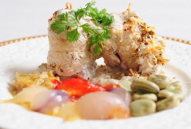 Receta de Merluza ahumada con salsa de crema y ajo