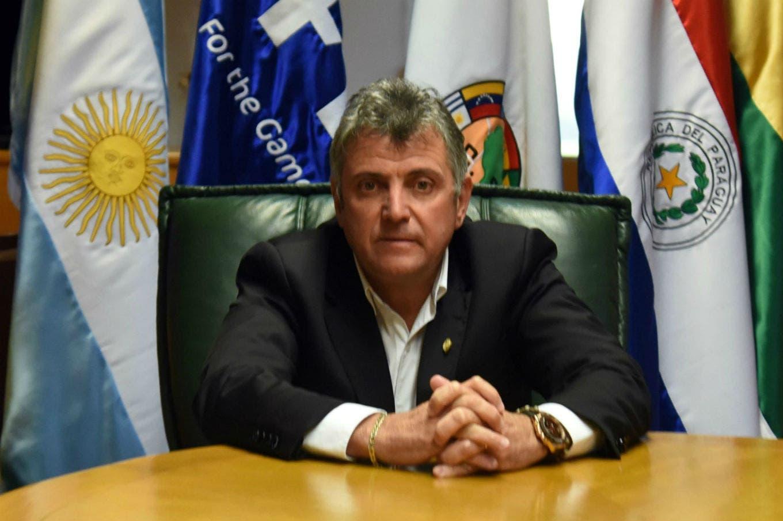 """Conflicto sin fin en la otra orilla: por qué la FIFA decidió intervenir """"la AFA de Uruguay"""""""