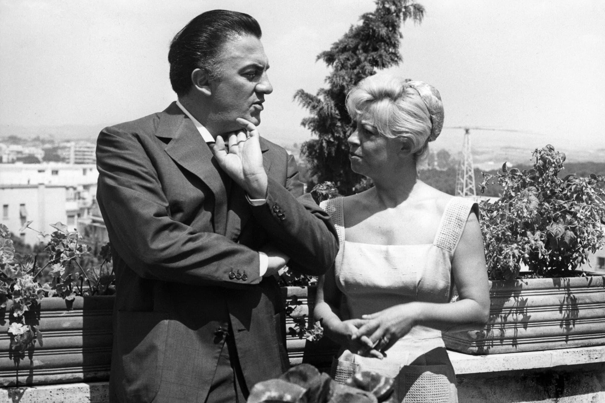 Federico Fellini Y Giulietta Masina Un Amor Entre La