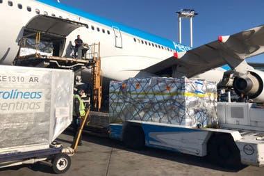 """Los miércoles y sábados los vuelos a Miami serán """"mixtos"""": de pasajeros y de carga"""