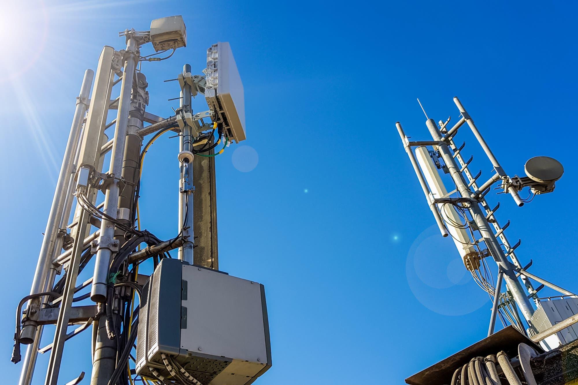 Coronavirus y 5G: en Bolivia queman antenas de telefonía por teorías conspirativas (aunque aún no tienen este tipo de redes)