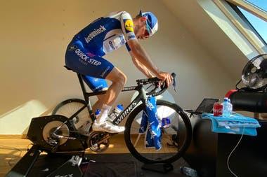 Dries Devenyns, otro de los participantes de la Vuelta a Suiza digital