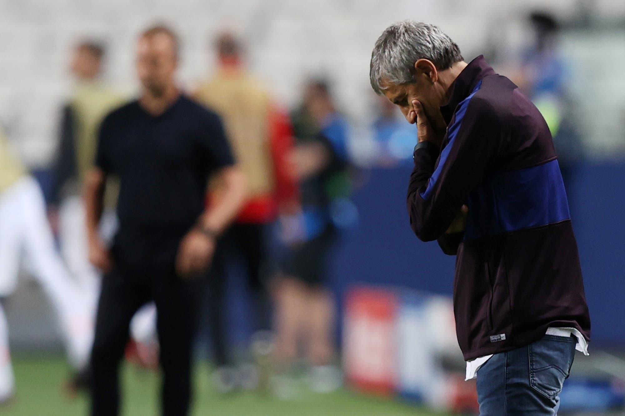 """Barcelona-Bayern Munich. Piqué habló de """"vergüenza"""" y Quique Setién intuye su despido"""