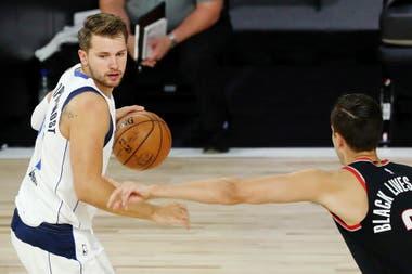 El esloveno Luka Doncic tiene todo para ser el mejor del mundo; por primera vez jugará los playoffs de la NBA, aunque las posibilidades de avanzar son limitadas, ya que se enfrentará con Los Angeles Clippers