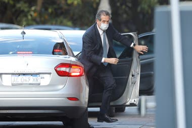 Miguel Pesce llegando a Casa Rosada. según su juicio, la suerte de la inflación 2021 se definirá en ese ámbito y su tarea central será evitar sobresaltos con el dólar