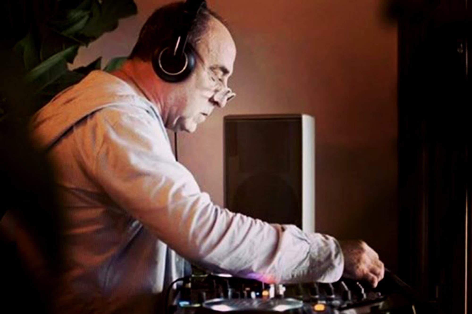 Murió DJ Padilla, el padre del chill out de los atardeceres de Ibiza