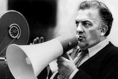 """""""Las cartas enseñan cómo aquello hizo agua: mi abuelo, que no pensaba solo en ganar dinero, sino en hacer buenos films que triunfaran en la taquilla, pecó de ingenuo y Fellini no ayudó"""", dice Pedersoli, el director del documental La verdad sobre La dolce vita"""
