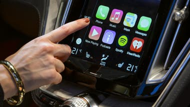 La interfaz de CarPlay de Apple en un BMW