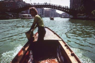 Registro de la coloración del Gran Canal de Venecia, por Nicolás García Uriburu, el 19 de junio de 1968