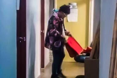Pity Álvarez en la comisaría