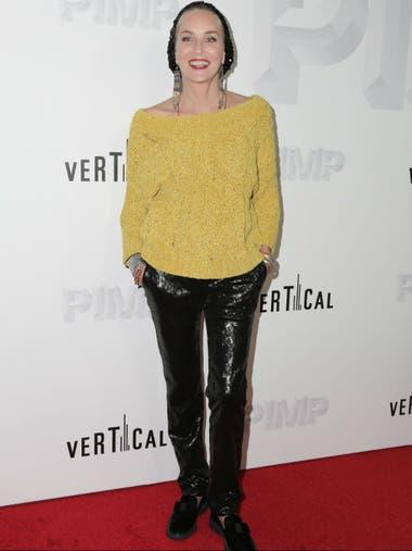 ¡Diosa! A sus 60 años, Sharon Stone se muestra más canchera que nunca, en la premiere del film Pimp