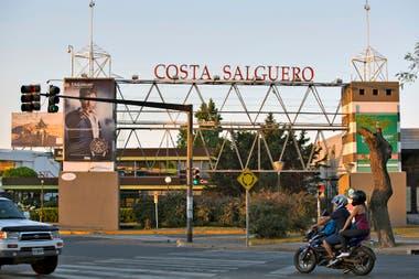 El ingreso a Costa Salguero