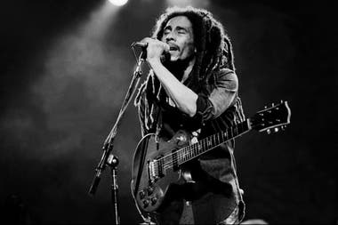 Who Shot The Sheriff? El excelente documental disponible en Netflix sobre el regreso de Bob Marley a Jamaica y su intento de pacificar un país dividido en dos