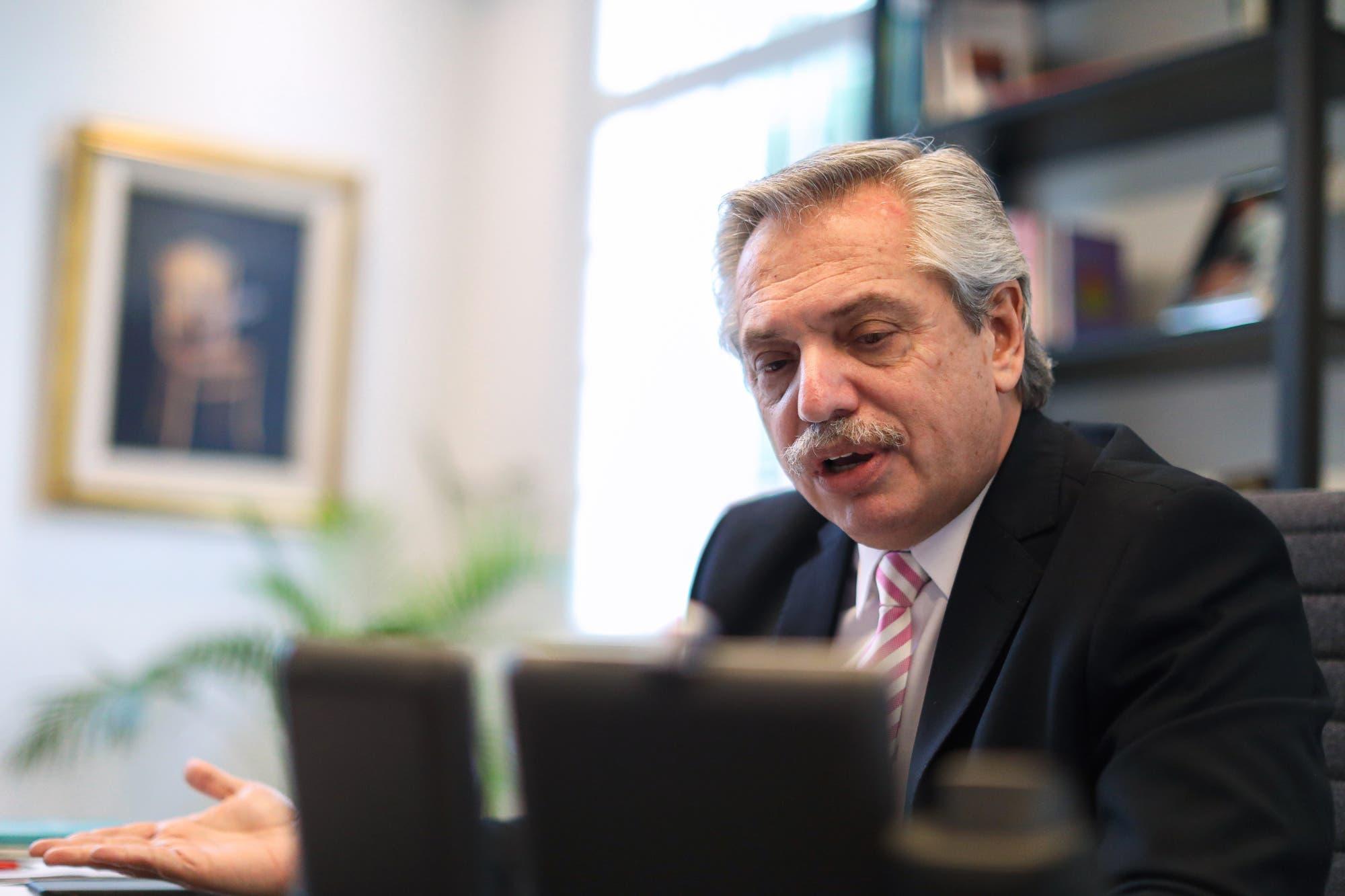 """""""Hay que revisar el capitalismo"""", el mensaje de Alberto Fernández a los empresarios"""