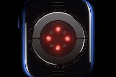 El nuevo Apple Watch Series 6 usa luces rojas e infrarrojas para medir la oxigenación en sangre