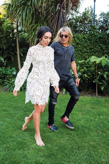 Claudio Caniggia y Sofía Bonelli se pusieron de novios en 2019 y en noviembre de ese año se comprometieron en México