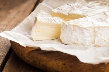 Los dos quesos franceses se parecen mucho en su receta pero tienen algo muy diferente