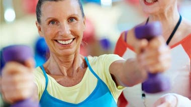 Pasados los 30 años podemos empezar a perder entre un 3 y un 5% de nuestra masa muscular cada 10 años, y ese ritmo se acelera pasados los 50