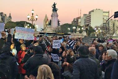 En la marcha se veían consignas para exigir el desafuero de Cristina Kirchner y contra la corrupción
