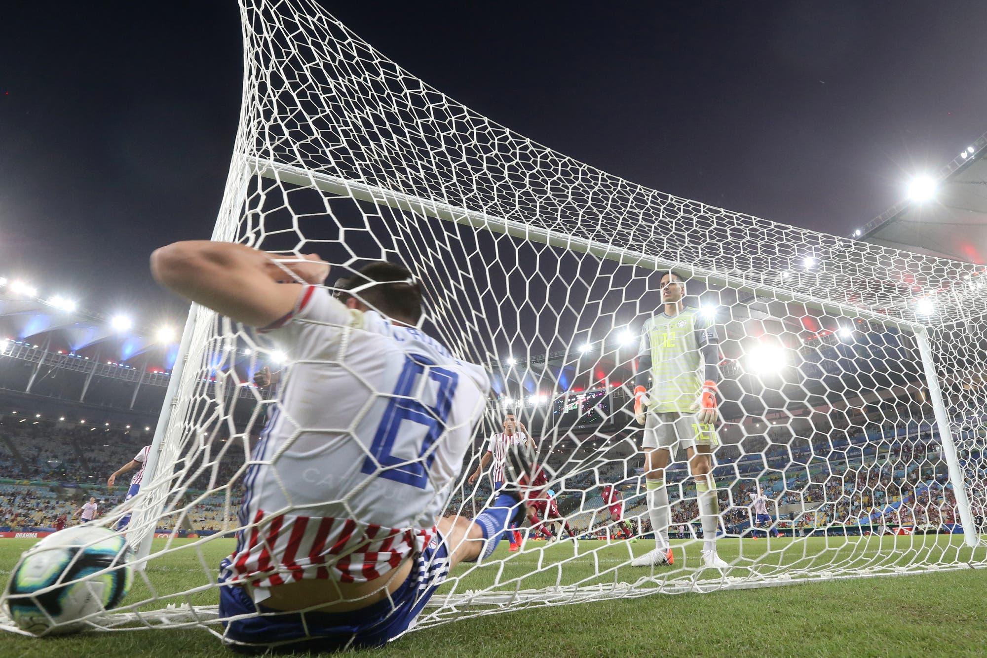 Enredado: la insólita lesión del jugador paraguayo tras hacer un gol en contra